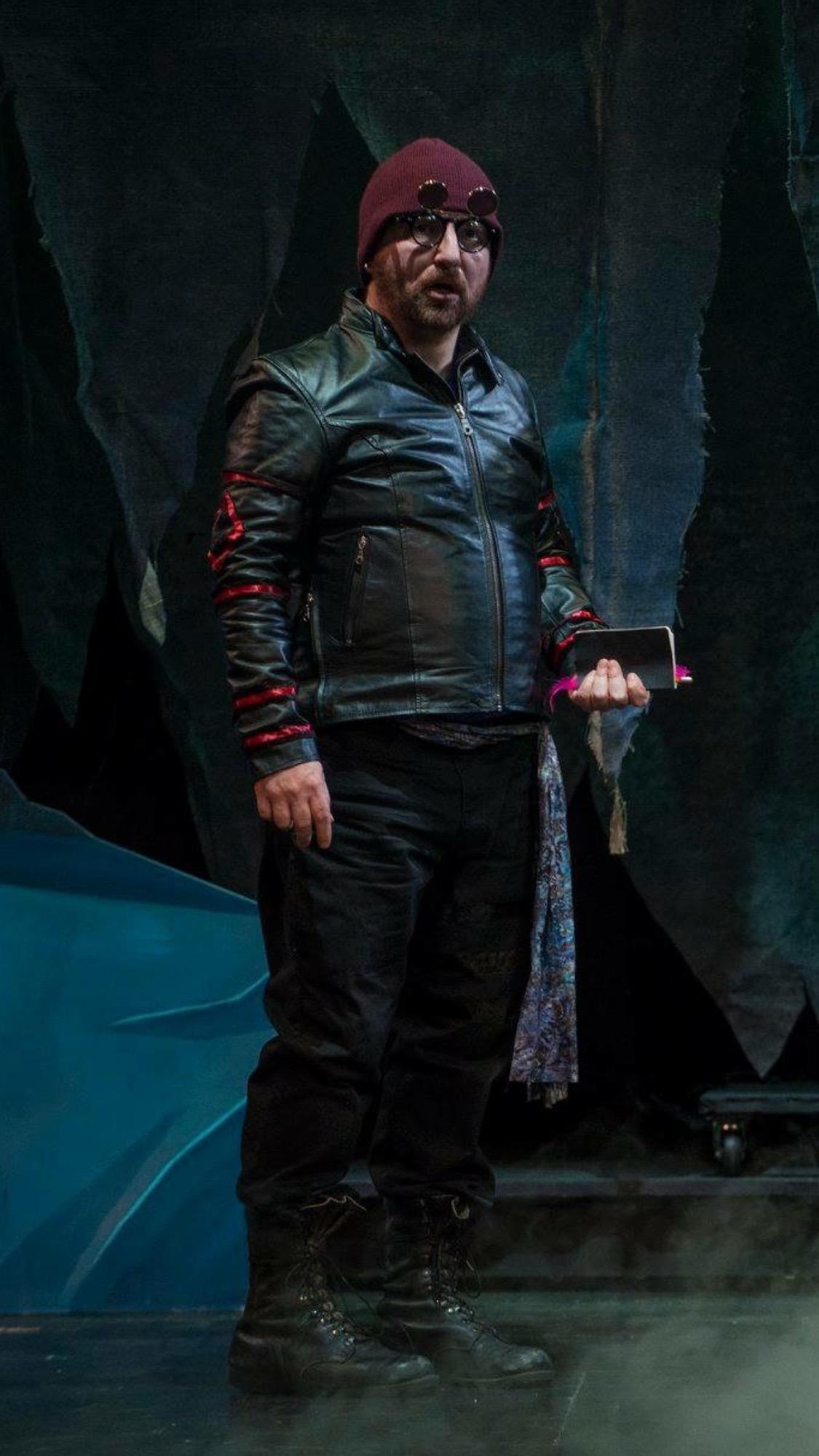 """Michael Stock as Smee in """"Peter Pan & Wendy"""""""